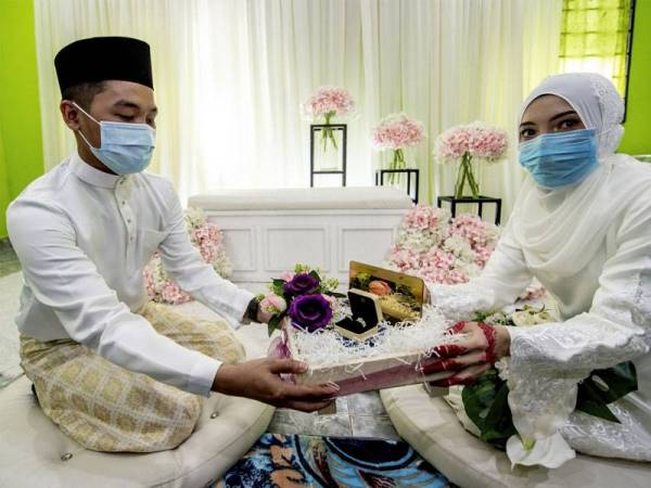 Berkahwin Salah Satu Rahsia Nak Jadi Kaya