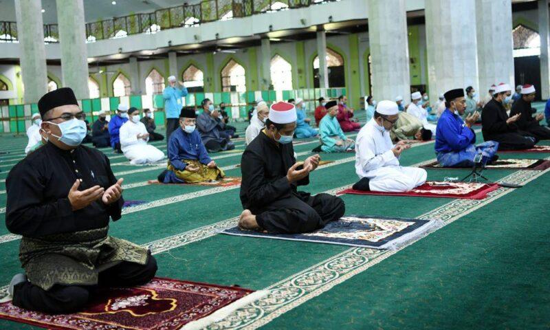 Buka masjid dan surau untuk pulihkan kesihatan mental rakyat - Mufti