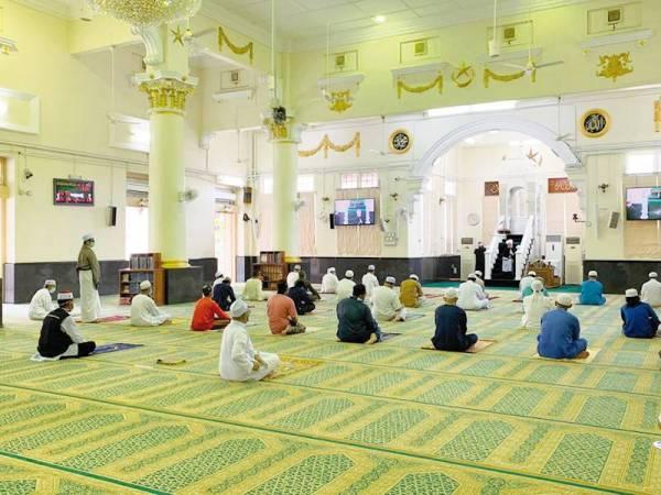 Perlis benarkan kelas pengajian & kuliah di masjid